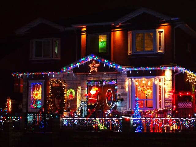 -イルミネーション-自宅 クリスマスイルミネーション!自宅で簡単・初心者向けの飾り方は?